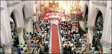 missa-natal-di-gereja-katerdal